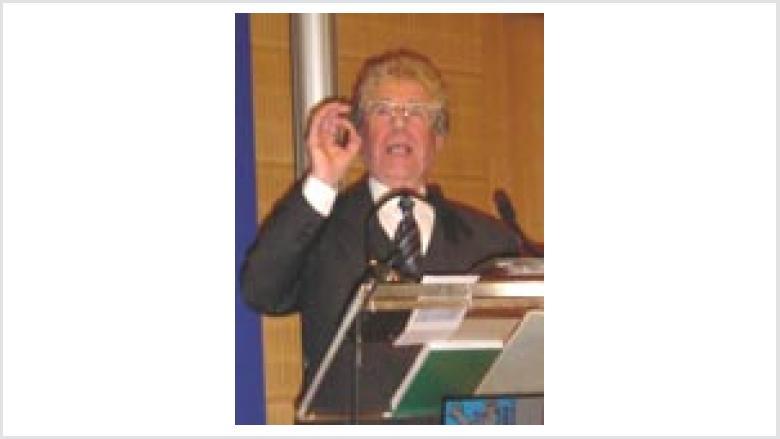 Dr. Martin Kruse Altbischof der Evangelischen Kirche in Berlin-Brandenburg ehemaliger Ratsvorsitzender der Evangelischen Kirche in Deutschland